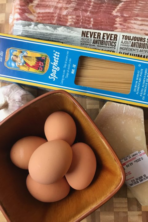 Jesse Brown of CANADALAND makes Spaghetti Carbonara